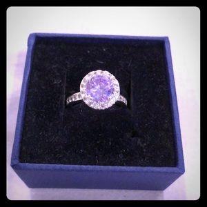 Jewelry - Women's ring
